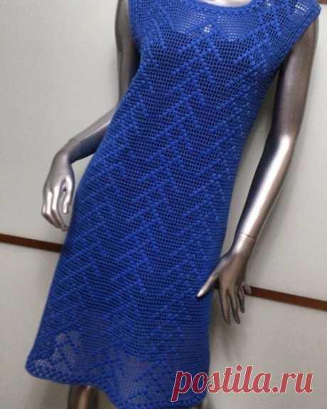 Простое платье крючком. Схема узора имеется