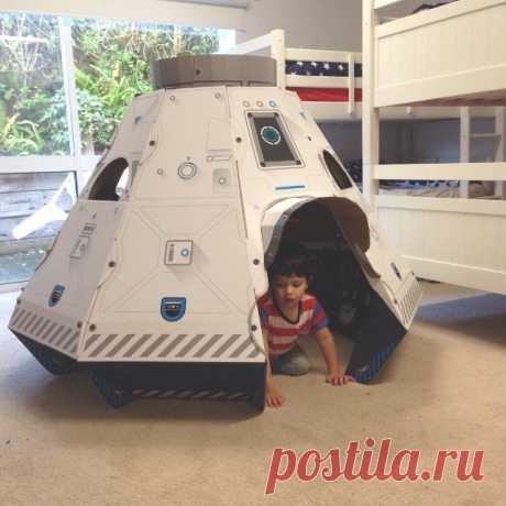 Space Pod Cardboard Construction Set