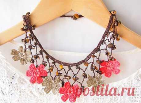 Tremendous knitted bracelets, earrings, necklace: 150 fine jewelry hook and spokes