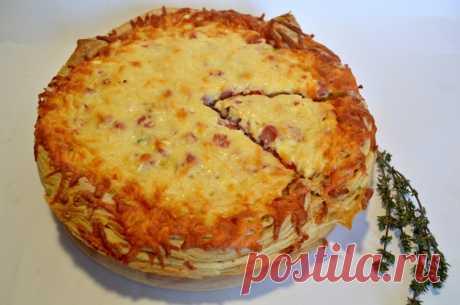 Быстрый пирог к завтраку Пирог или толстая пицца, его можно назвать как угодно! Это очень простой...