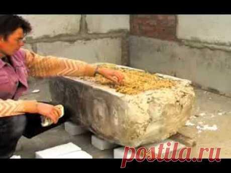 Испытание глино-соломенного блока.