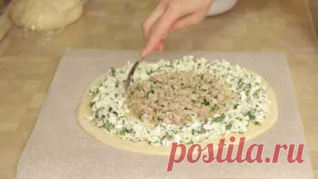 Пирог «Подсолнух» с мясом и сыром рецепт с фото