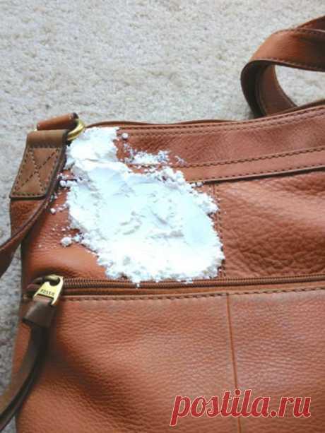 Секреты по уходу за сумками Франция по праву считается законодательницей моды, а француженки предпочитают покупку дорогой вещи, приобретению нескольких дешевых. Если вам близка такая позиция, и вы готовы потратиться на качественную модную сумку, обязательно ознакомьтесь с уловками, которые помогут долго содержать ее в...