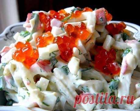 КУХНЯ | КУЛИНАРИЯ | РЕЦЕПТЫ в Instagram: «Три простых салатика с кальмарами🥗 ⠀ 1. Салат «Мартовский» ⠀ Ингредиенты: - 500 грамм кальмаров - 5 свежих огурчиков; - банка…»