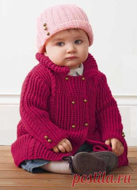 Crimson double-breasted jacket for the girl of 6\/12\/24\/36 months\u000d\u000a\u000d\u000aThe crimson double-breasted jacket for the girl can serve in a coat role for early fall and spring. The baby will feel in it comfortably, her movements will be free. The jacket is calculated on age of 6\/12\/24\/36 months.\u000d\u000aTo show completely …