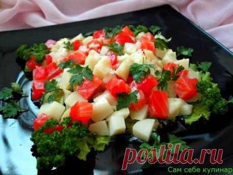 Картофельный салат с семгой