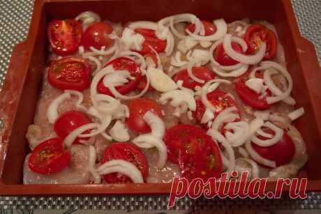Отбивные в духовке с помидорами и сыром - пошаговый кулинарный рецепт с фото на Повар.ру