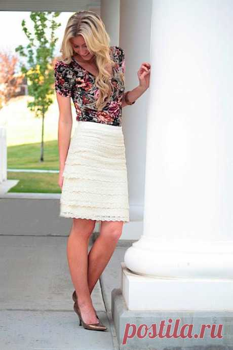 Idea: How to decorate a light skirt