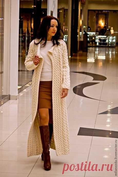 Вязаное пальто Косы, возможен вариант с длиной до колена