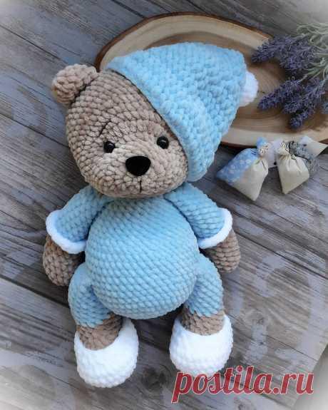 PDF Мишка Соня. FREE amigurumi crochet pattern. Бесплатная схема и описание для вязания амигуруми крючком. Игрушки своими руками! Медведь, медвежонок, teddy bear, oso suportar, ours, bär ayı, niedźwiedź, medvěd bära. #амигуруми #amigurumi #amigurumidoll #amigurumipattern #freepattern #freecrochetpatterns #crochetpattern #crochetdoll #crochettutorial #patternsforcrochet #вязание #вязаниекрючком #handmadedoll #рукоделие #ручнаяработа #pattern #tutorial #häkeln #amigurumis #diy #tutorialcrochet