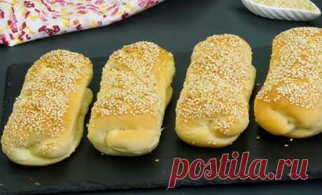 Сытные и ароматные булочки с колбасой: равнодушных не останется