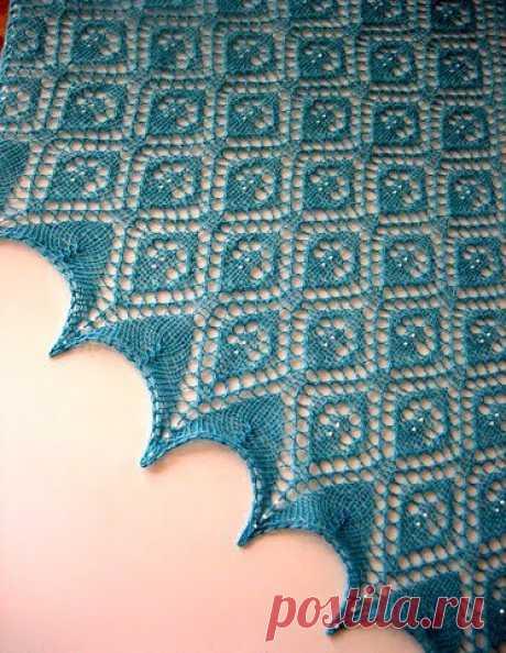Вязание шали спицами с бисером.