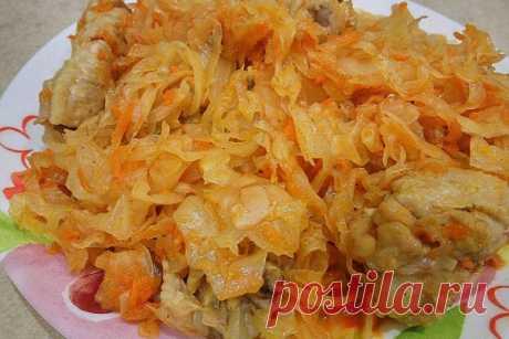 Тушеная капуста с курицей в мультиварке — Sloosh – кулинарные рецепты