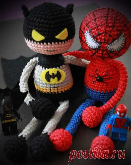PDF Супергерой Человек Паук. Бесплатный мастер-класс, схема и описание для вязания игрушки амигуруми крючком. Вяжем игрушки своими руками! FREE amigurumi pattern. #амигуруми #amigurumi #схема #описание #мк #pattern #вязание #crochet #knitting #toy #handmade #поделки #pdf #ЧеловекПаук #spiderman #спайдермен #паук #супергерой #batman #бэтмен #бэтмэн #бетмен #бетман