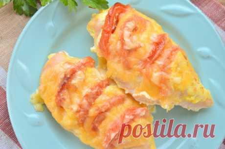 Как запечь куриную грудку с сыром и помидорами в духовке: рецепт с фото (+отзывы)