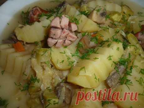 Овощное рагу с грибами и сосисками в горшочках: рецепт с пошаговым фото - Горячие блюда от 1001 ЕДА
