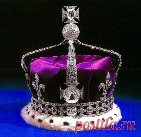 """Британская корона с бриллиантом """"Кохинур""""весом 106 карат."""