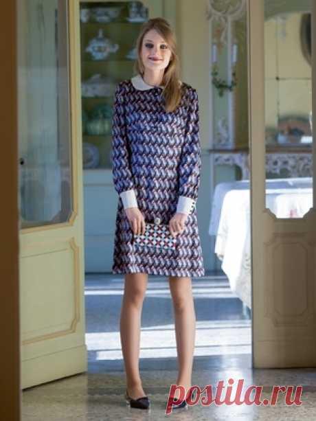c8118107a94 Платье-мини с воротником «питер пэн» - выкройка № 9 из журнала 1