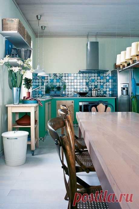 Трендовые кухни без верхних шкафов | Роскошь и уют
