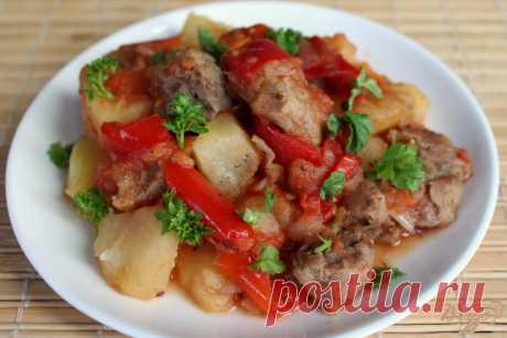 Ужин без возни — мясо с овощами в рукаве Это блюдо готовится быстро и очень просто, а главное без возни. Количество ингредиентов можно изменять и таким образом готовить ужин на двоих или большую семью.Блюдо очень простое, но в то же время с…