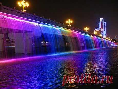 Очень красивый фонтан в Дубае - YouTube