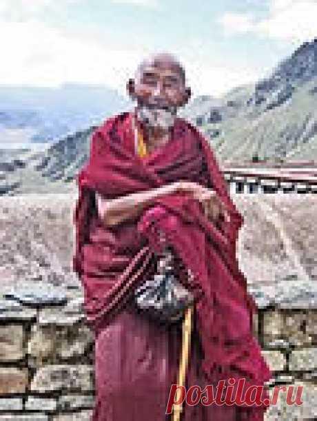 Тибетский рецепт долголетия Упражнения действительно под силу каждому человеку. Используйте для себя эти секреты оздоровления в домашних условиях и будете тогда жить долго, как тибетские монахи.