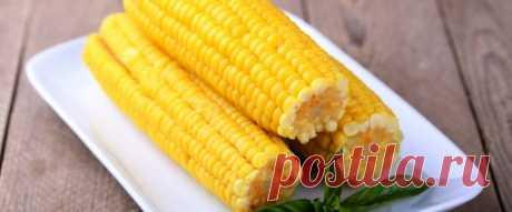 Вареная кукуруза в микроволновке за 7 минут С появлением в нашей жизни микроволновых печей и мультиварок приготовление многих блюд и отдельных продуктов упростилось и стало занимать меньше времени.