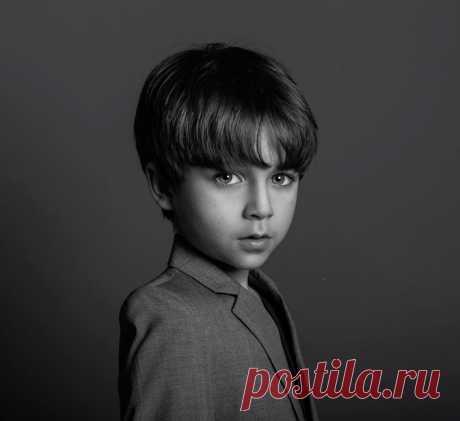 Растим мужчину: главные правила для мам мальчиков Когда он однажды вырастет, то будет знать разницу между злостью и смущением, разочарованием и горем, научится справляться со своими эмоциями и выражать их грамотно