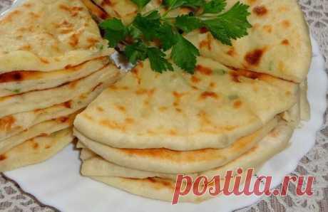 Хычины с картошкой и сыром по-домашнему: рецепт для выходных | Рекомендательная система Пульс Mail.ru