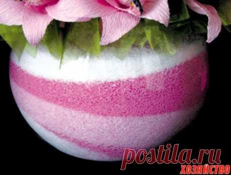 Декорируем вазу солью