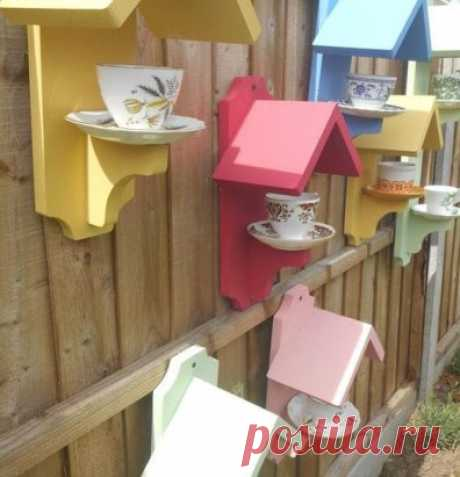It is a little imagination and... Birds feeders from old tea service are ready!