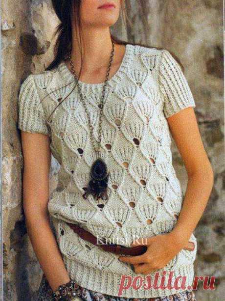 Вязаный спицами пуловер веерным узором. Описание, схема, выкройка  Размеры: 38/40 (44/46)