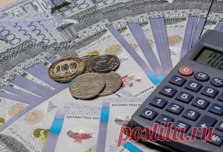 Атырауские учителя пока не получают 25%надбавку к заработной плате, которая должна начисляться с 1 января 2020 года. Об этом «АЖ» узнал от самих учителей.