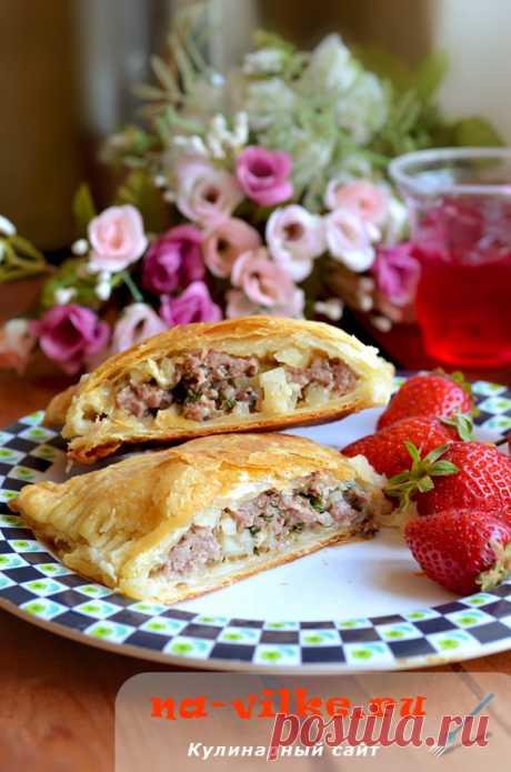 Слоеный пирог кубете с мясом и картофелем – рецепт с фото