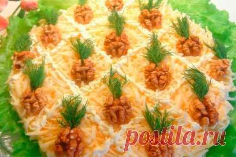 Нарядный салат «Ананас». Любимый салат гостей! — Бабушкины секреты