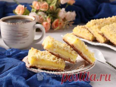 Венское печенье с творогом — рецепт с фото Венское печенье - это по сути тёртый пирог, который разделили на квадратики. Творожная начинка - нежнейшая, верх - хрустящий.