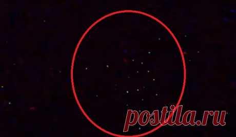 Флот НЛО на земной орбите зафиксировала камера МКС