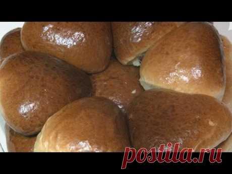 Los pastelillos con levadura, la preparación de la lubricación-hermosa kolerovka.