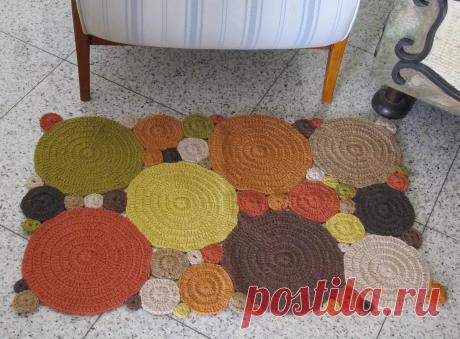 Ковры и коврики связанные крючком и плетеные | 38 рукоделок | Яндекс Дзен