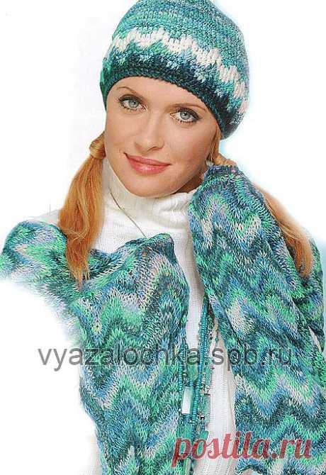 Женская шапка крючком и шарф-палантин спицами.