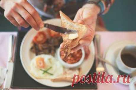 Суп, паста, бутерброд. Что можно есть с хлебом, а что не стоит С хлебом сытнее, но вот полезно ли? Разбираемся в истоках привычки сопровождать еду хлебом вместе с диетологом.Хлеб — самый важный продукт в потребительской корзине; без хлеба нельзя наесться; ешь с х…