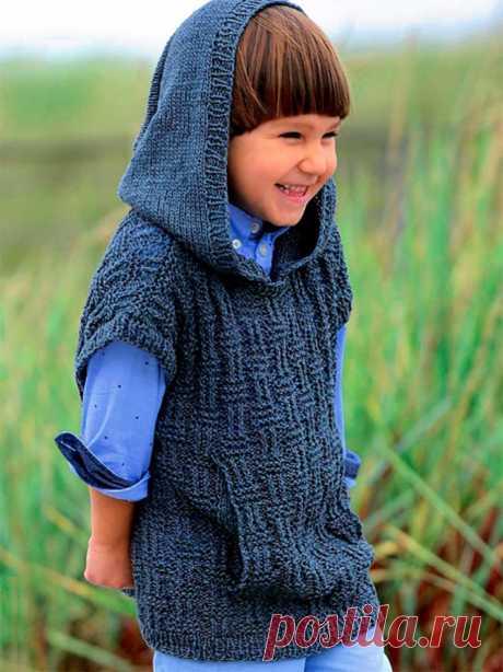 Безрукавка с капюшоном и карманом-кенгуру для мальчик (Вязание спицами) – Журнал Вдохновение Рукодельницы