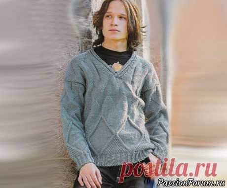 Свитер с v-образным вырезом с ромбами для юноши | Вязание для мужчин спицами. Схемы вязания Такой свитер приятного мышиного цвета точно понравится Вашему  мальчику. V-образный вырез и ромбы сочетаются в единую гармоничную  картину. Мы приготовили Вашему вниманию бесплатное описание и схему  такой стильной модели.Возраст: 14-15 лет.Для  изготовления данной модели нам потребуется:...