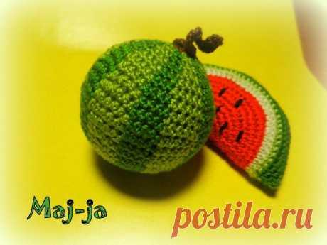 Вязаные фрукты: вязаный арбуз