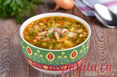 Куриный суп с картофелем.  Готовим вкуснейший куриный суп с картошкой, морковью, укропом, репчатым и зеленым луком.