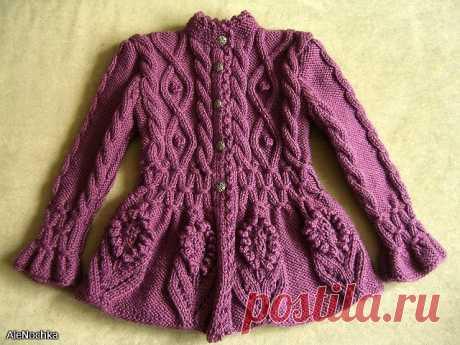 Вязание-спицы-Пальто+костюмы+юбки+брюки>Пальто