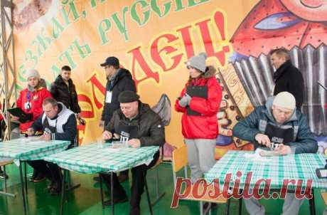 Соревнования по скорости поедания новогоднего блюда состоялись в Павловском Посаде