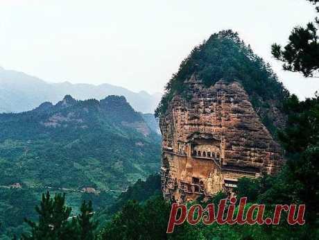 Cave monastery Maijishan, China