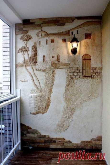 Необычное оформление стены на балконе
