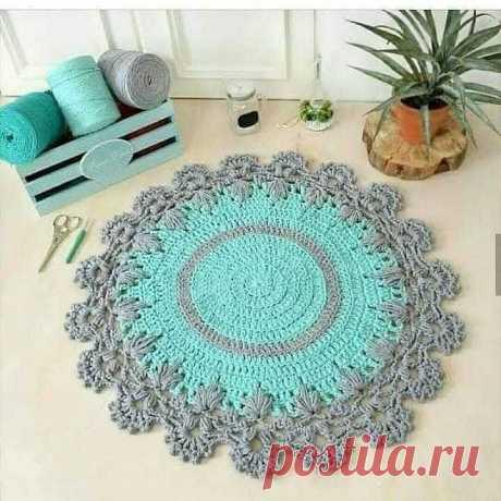 Коврик или салфетка крючком. Схема. / knittingideas.ru